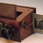 Fig. 1 – Visore stereoscopico a binocolo, anni 1860 (collezione privata)