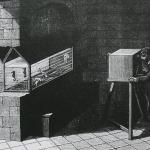 """Fig. 11 – «Disposition de l'aquarium marin pour l'étude de la locomotion aquatique» (tratto da: Étienne-Jules Marey, """"La locomotion dans l'eau. Étudiée par la photochronographie"""", in «La Nature», 29 settembre 1883, p. 377)"""