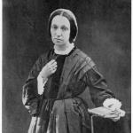 Fig. 09 – Julia Margaret Cameron, «Ritratto dell'artista di Lord Somer», 1860 ca., stampa ai sali d'argento, in Helmut Gernsheim, Julia Margaret Cameron, London, Fraser, 1975.