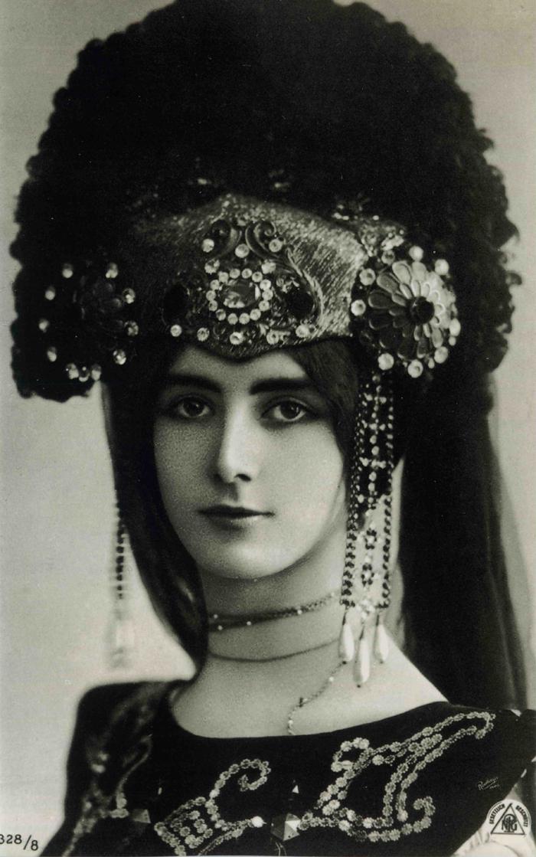 Celebrit dive dandies il mito fotografico tra belle - Dive cinema muto ...