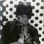 Fig. 5 – Cecil Beaton, «Nancy Cunard», fotografia, 1927 (Sotheby's, The Cecil Beaton Archive)