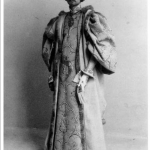 Fig. 01. Fred Holland Day, «Fred Holland Day in medieval costume», stampa al platino, 1893 circa (Library of Congress, Washington, DC)