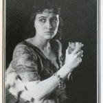 Fig. 04. Fred Holland Day, «Sapphira (Julia Arthur)», stampa al platino, 1895 circa (The Metropolitan Museum of Art, New York)