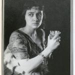 Fig. 04. Fred Holland Day, «Sapphira (Julia Arthur)», stampa al platino, 1895 circa (The Metropolitan Museum of Art, New York)